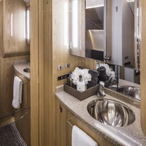 LX-EVM-lavatory
